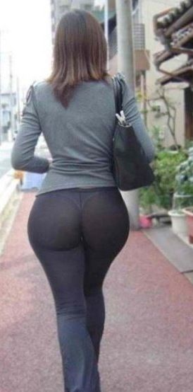 leggings Big in ass through milf see