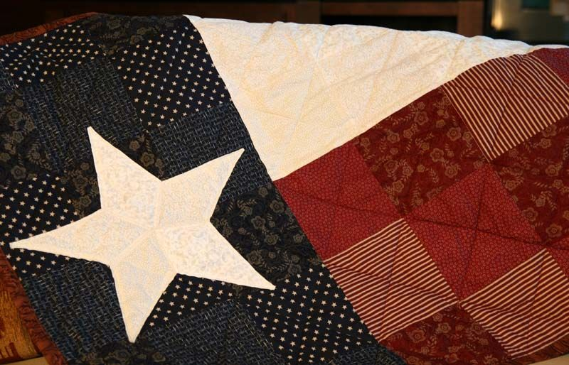 I want to make a Texas flag quilt to hang on the wall in a guest ... : texas flag quilt - Adamdwight.com