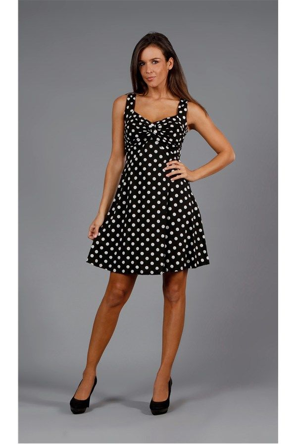 http://www.stilago.ru/outlet/women/dresses-196187/short-196315/women-dress-black-2713223.html