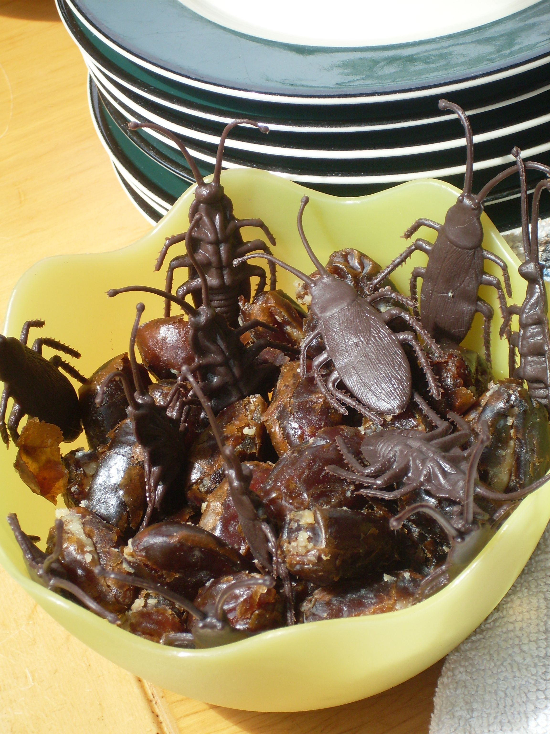 cockroach_halloween_snack Halloween food for party