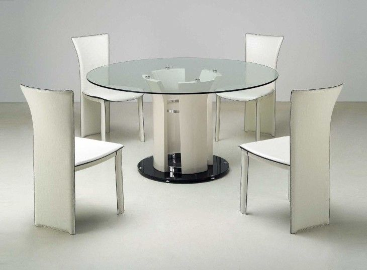 Modern Dining Room Sets In Italian Style Glass Round Dining Table Modern Round Dining Room Table Glass Dining Room Table Beautiful glass dining room tables