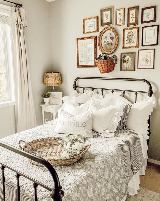 Farmhouse Cottage Bedroom home decor inspo with ruffle ...