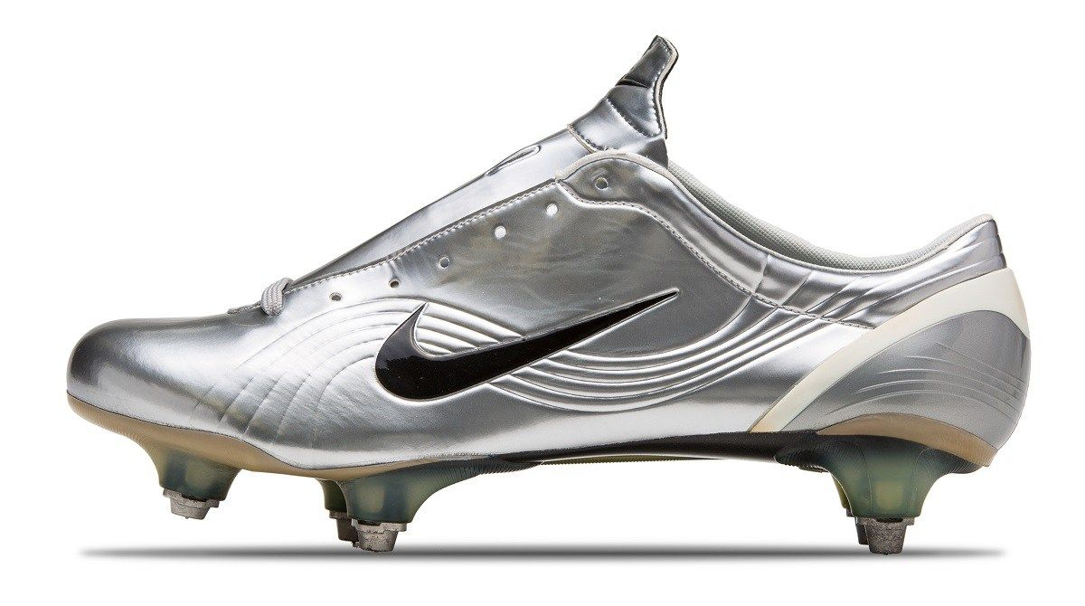 2003 Nike Mercurial Vapor - The 30 Most Significant Boots Worn By Cristiano  Ronaldo