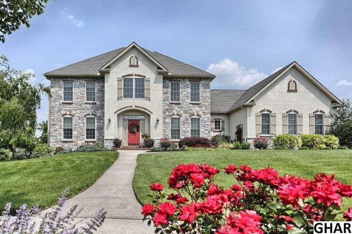 6405 Farmcrest Lane Harrisburg Pa 17111 Mls 10271608 Coldwell Banker Beautiful Homes Luxury Homes My Dream Home