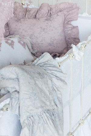 BELLA NOTTE Pennelope- Baby. BELLA NOTTE baby. BELLA NOTTE bedding – Scandia Down MN