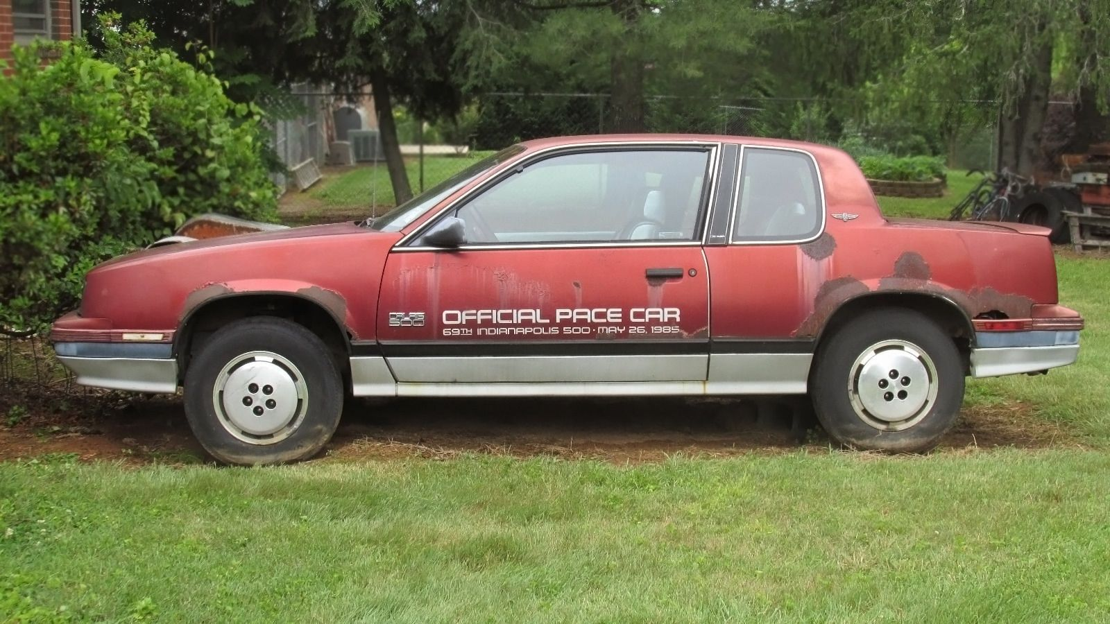 Speaking Of Indy Pace Cars This One Is A 1985 Oldsmobile Calais Car And Its Located In Lenoir North Carolina State That Knows Thing Or Two