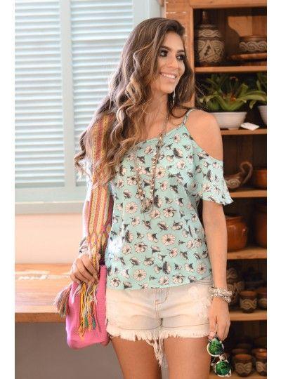 blusas vazadas no ombro azul estampada   moda   Pinterest   Outfits ... 2b3120b3c1