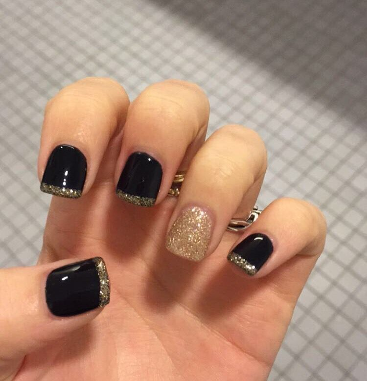black and gold gel nails #gel #acrylic