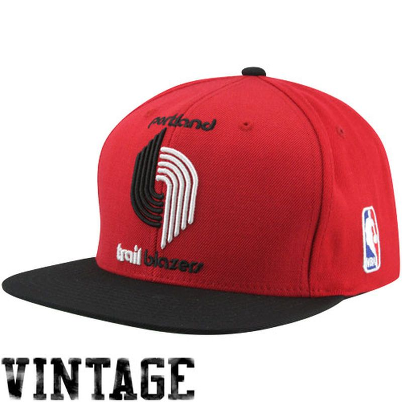 competitive price 65e02 17659 Mitchell   Ness Portland Trail Blazers XL Logo Two Tone Snapback Hat - Red  Black