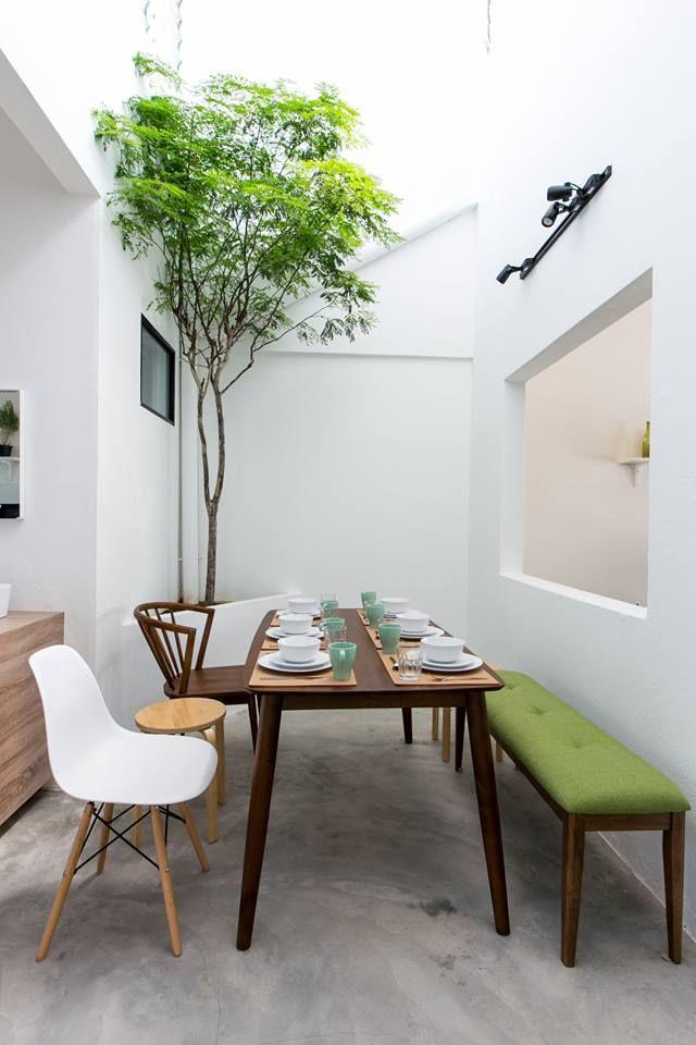 Jatuh Cinta Dengan Vintage Flooring Di Ruang Tamu Telah Menjadi Penyebab Buat Cheryl Chan Dan Jason