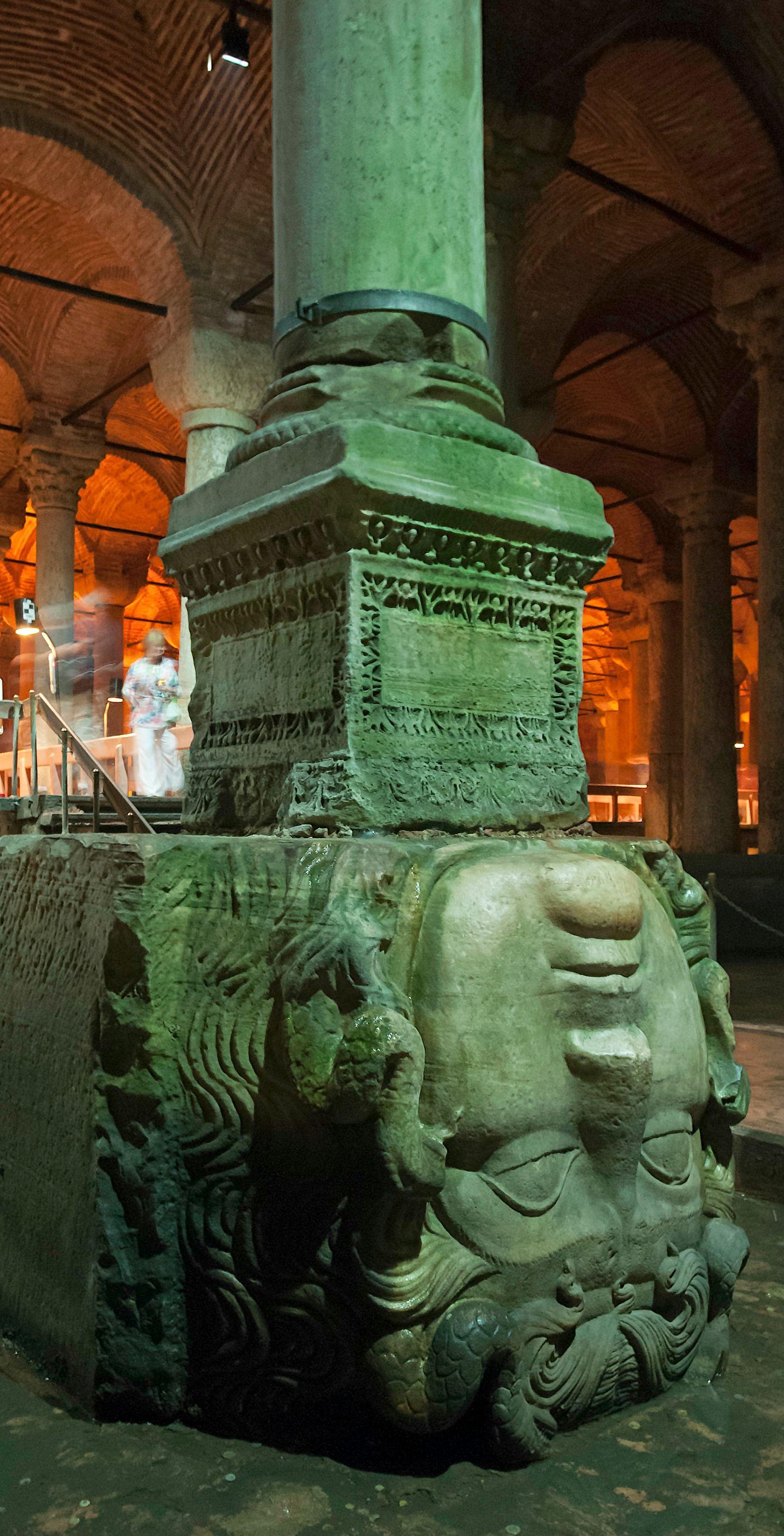 medusa head basilica cistern  İstanbul/Turkey