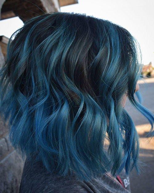 Blue Highlights On Light Brown Hair Hair Styles Hair Color Blue Medium Hair Styles