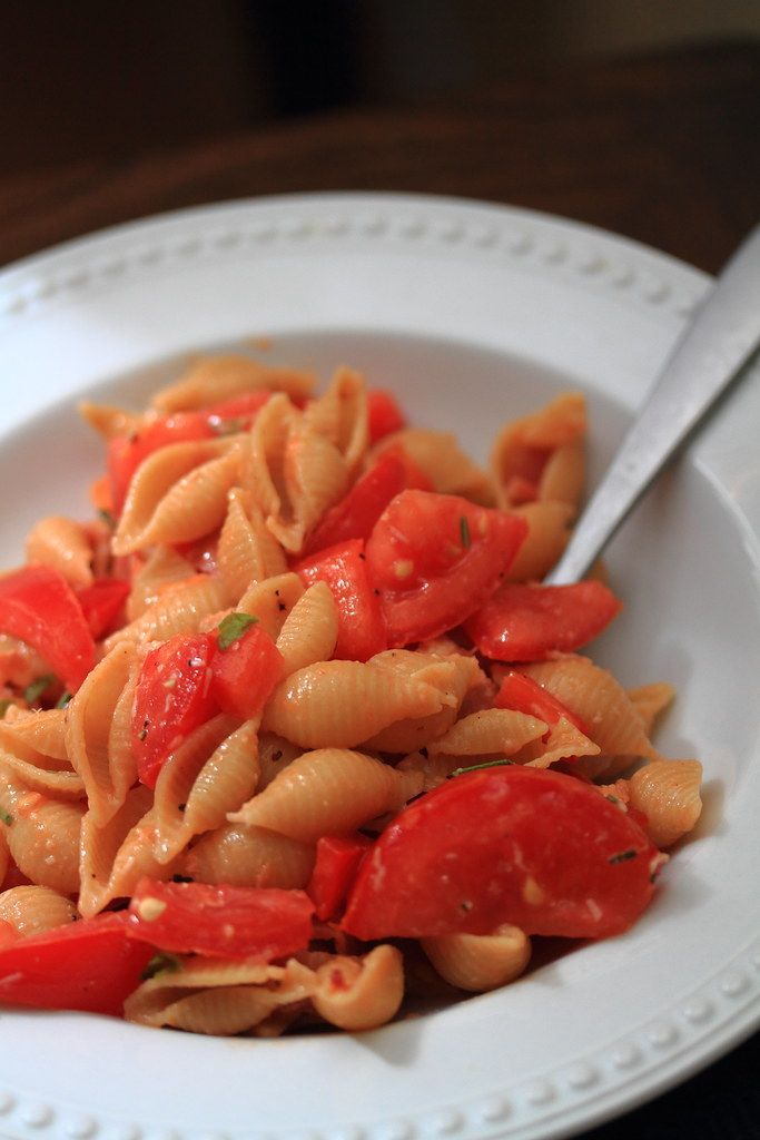 Try this recipe when you want spaghetti. but don't want the same old stuff. I never have an… in 2020 | Fresh tomato pasta recipes. Tomato pasta ...