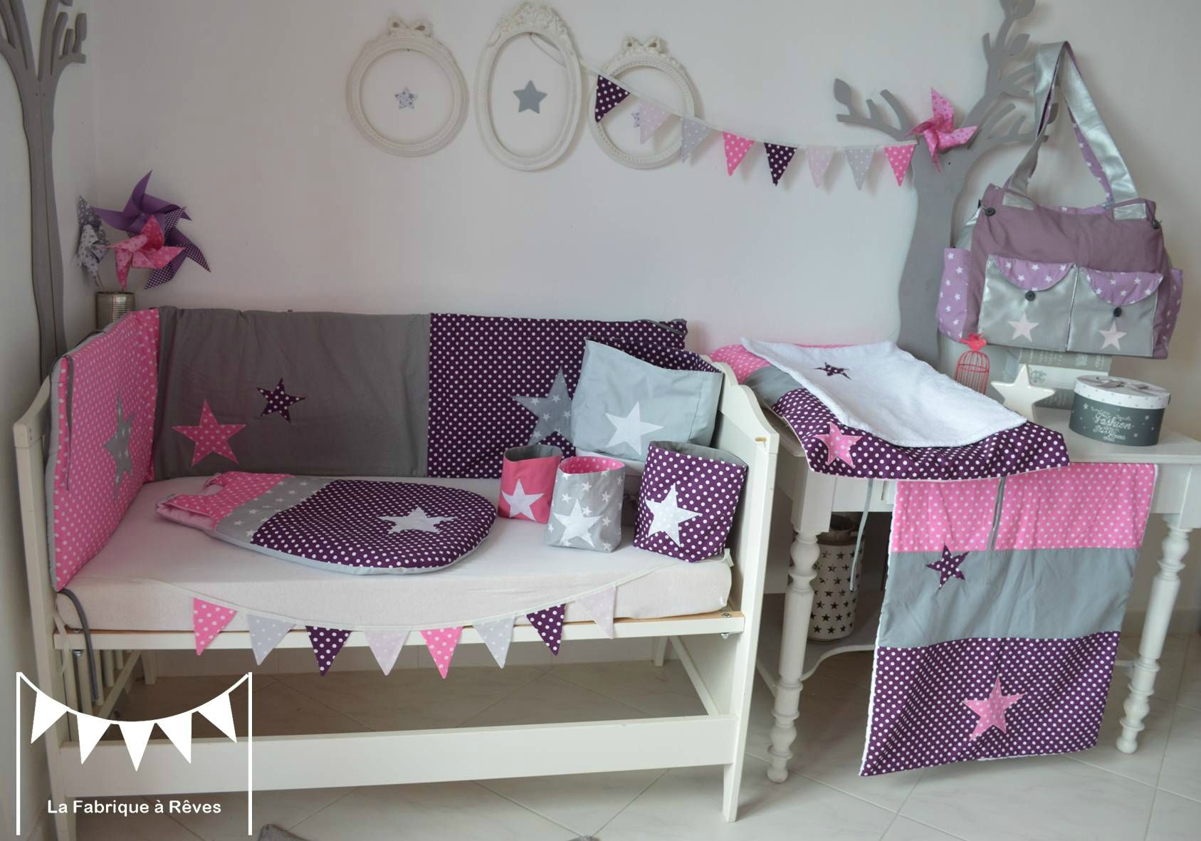 decoration chambre bebe fille blanc