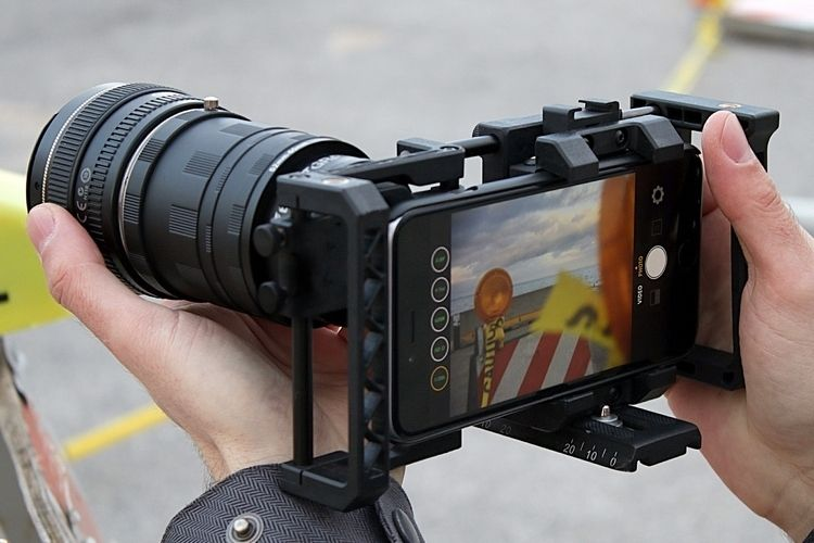 Beastgrip Pro Turns Any Smartphone Into A Pro-Grade Shooting Rig