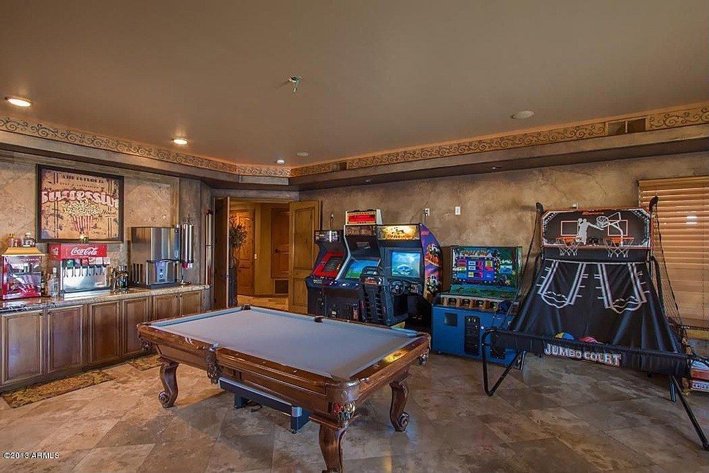 20 Of The Coolest Home Game Room Ideas #gamingrooms