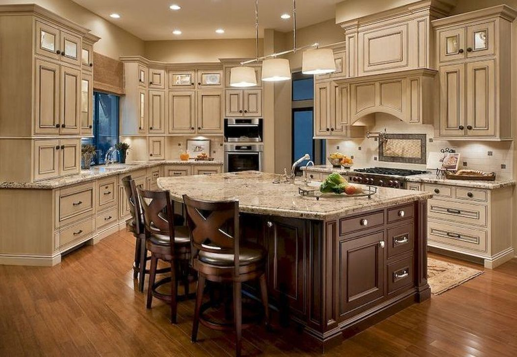 38 Glamour French Country Design Ideas For Kitchen To Try French Country Kitchen Cabinets Country Kitchen Cabinets Kitchen Cabinets Decor