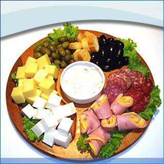 buffet, frios, massas e jantar