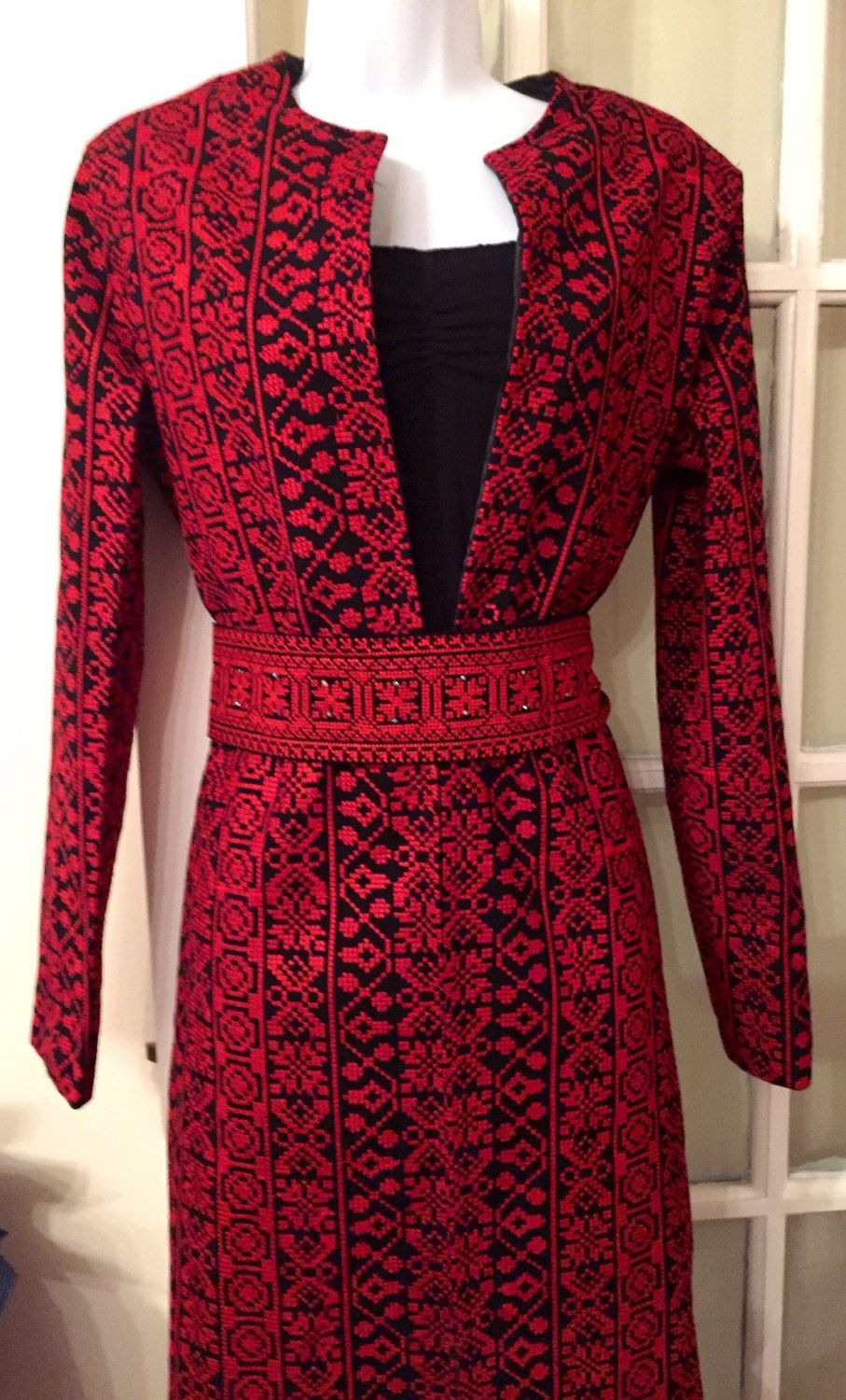 Sale beautiful long black jacket coat with red vêtements