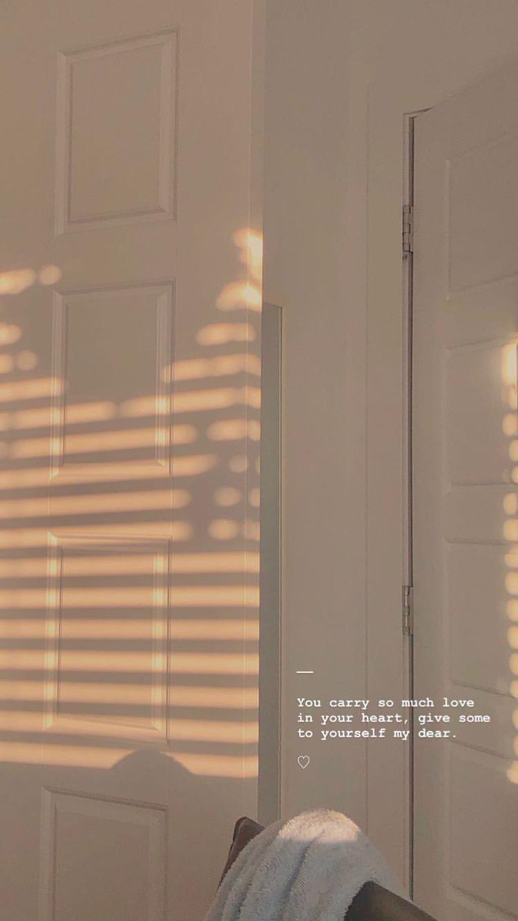 Download New Aesthetic Wallpaper for Smartphones 2020