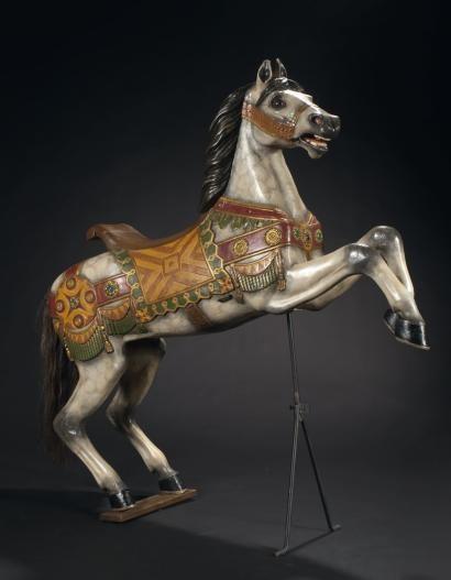 8c32fb4ade4 Karl MÜLLER Grand cheval cabré Bois sculpté peint