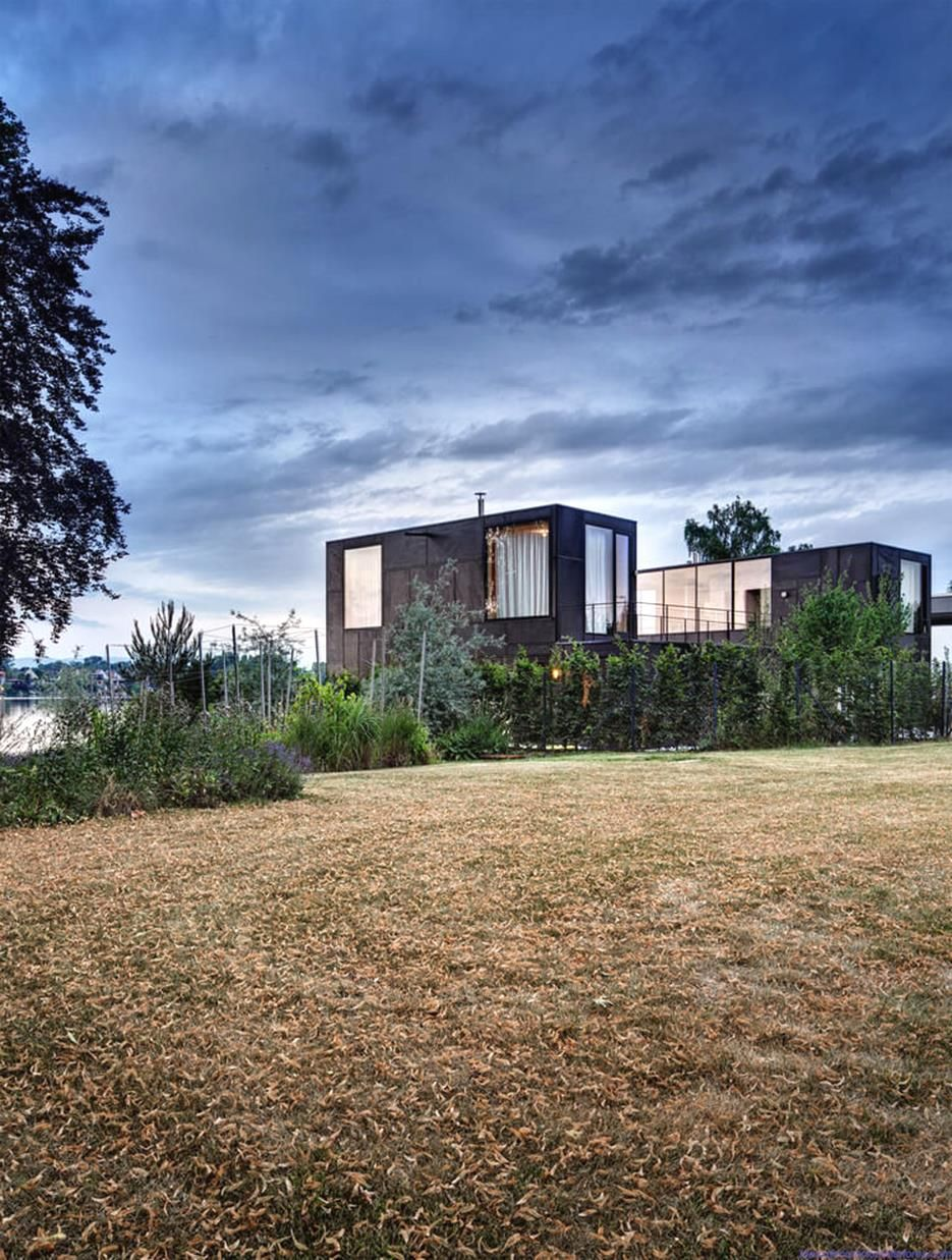 Ultra Green Modern House Design With Japanese Vibe In Vancouver: Glass House Austia (8