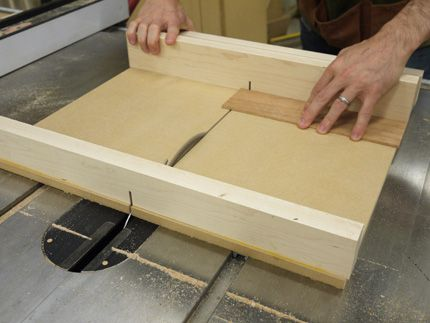 Build A Super Precise Tablesaw Crosscut Sled Woodworking Diy