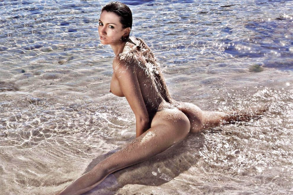 Roberta mancino nude sex 9