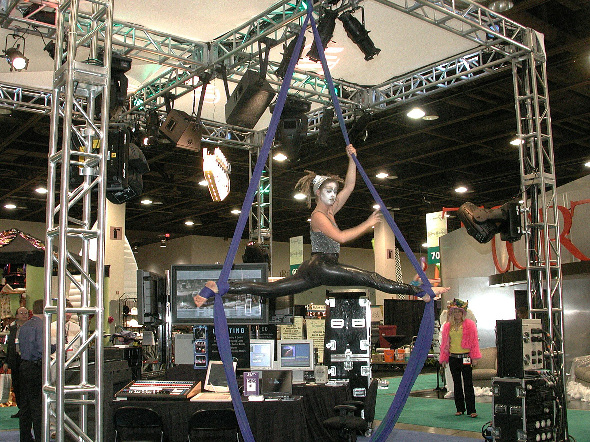Arial acrobatics on the tradeshow floor