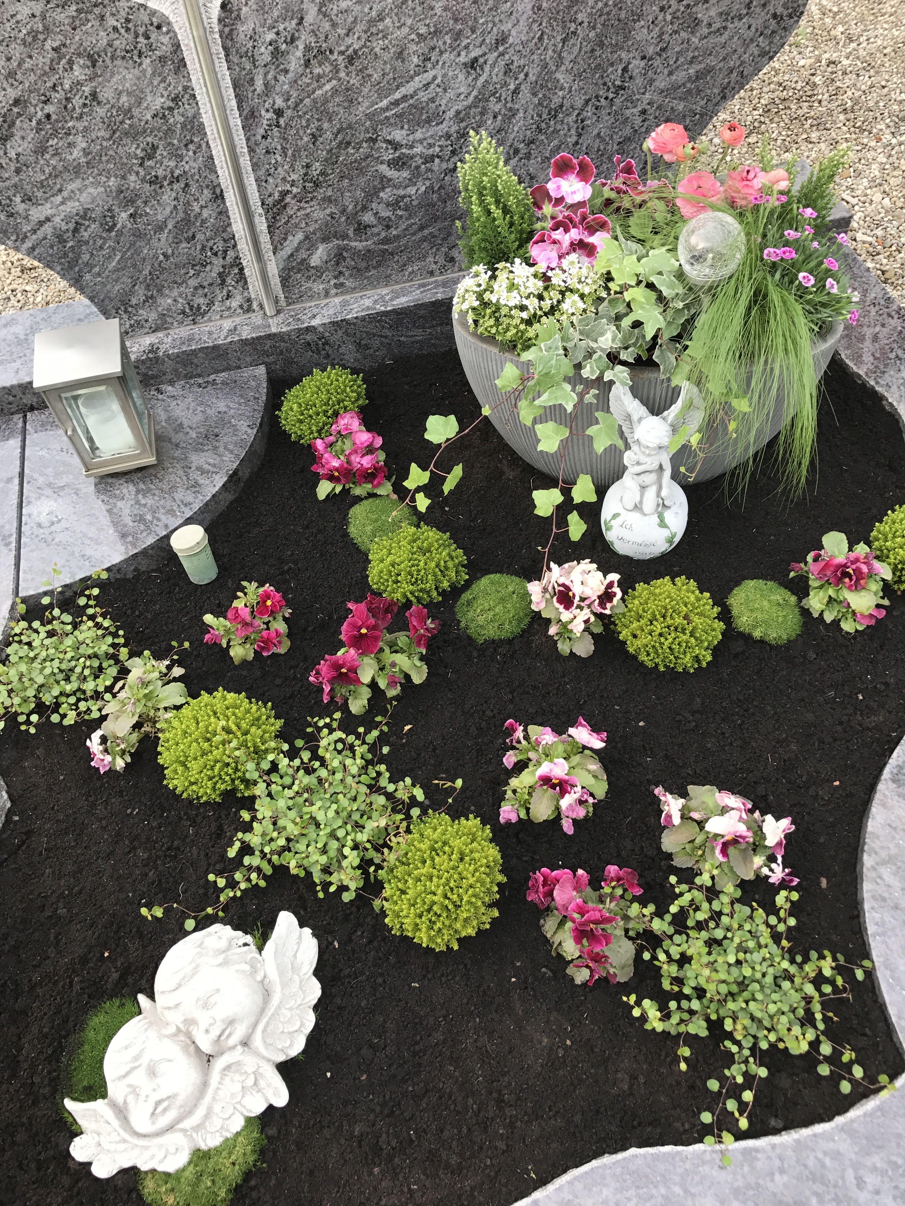 Grabpflege #grabbepflanzungherbst