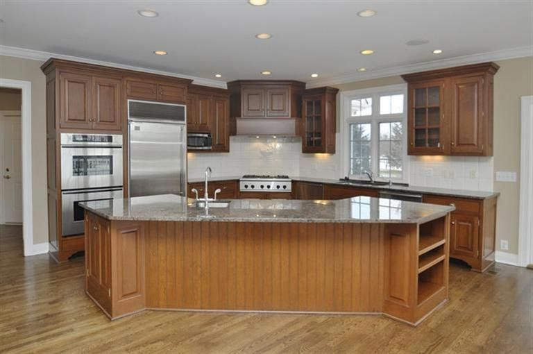 Modern Luxury Kitchens For A Grand Kitchen Large Kitchen Layouts Kitchen Layout Modern Kitchen Design