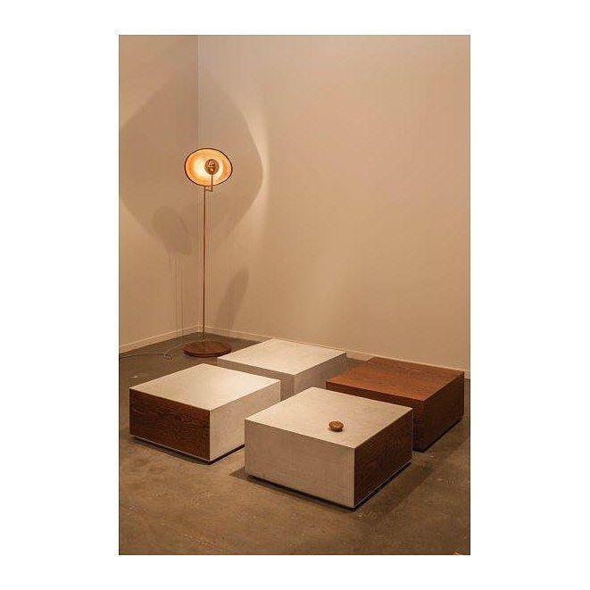 """Mesas """"Secreta"""" e Luminaria Cantante Claudia Moreira Salles para ETEL """"Secreta"""" Coffee Table and """"Cantante"""" Floor Lamp by Claudia M Sallles for ETEL #ETEL #EtelCollection #Design #EtelInteriores #ClaudiaMSalles #cms #DesignBrasileiro #BrazilianDesign #furniture #furnituredesign #decor #braziliandesign #designbrasileiro #contemporarydesign #coffeetable #armchair #sparte by etelinteriores"""