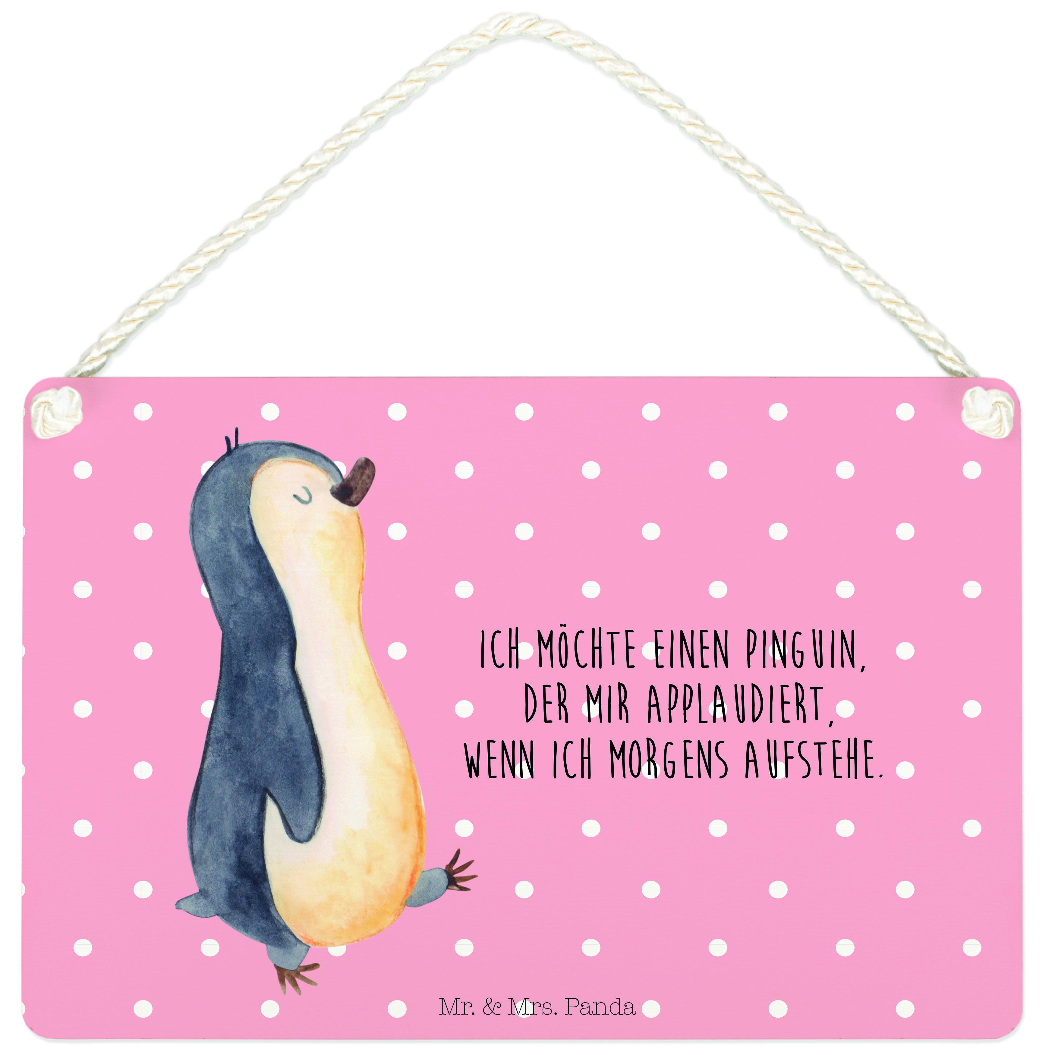 Deko Schild Pinguin marschierend aus MDF  Weiß - Das Original von Mr. & Mrs. Panda.  Ein wunderschönes Schild aus der Manufaktur von Mr. & Mrs. Panda - die Schilder werden von uns direkt nach der Bestellung liebevoll bedruckt und mit einer wunderschönen Kordel zum Aufhängen versehen.    Über unser Motiv Pinguin marschierend      Verwendete Materialien  Gefertigt aus widerstandsfähigem und hochwertigen Materialien    Über Mr. & Mrs. Panda  Mr. & Mrs. Panda - das sind wir - ein junges Pärchen aus