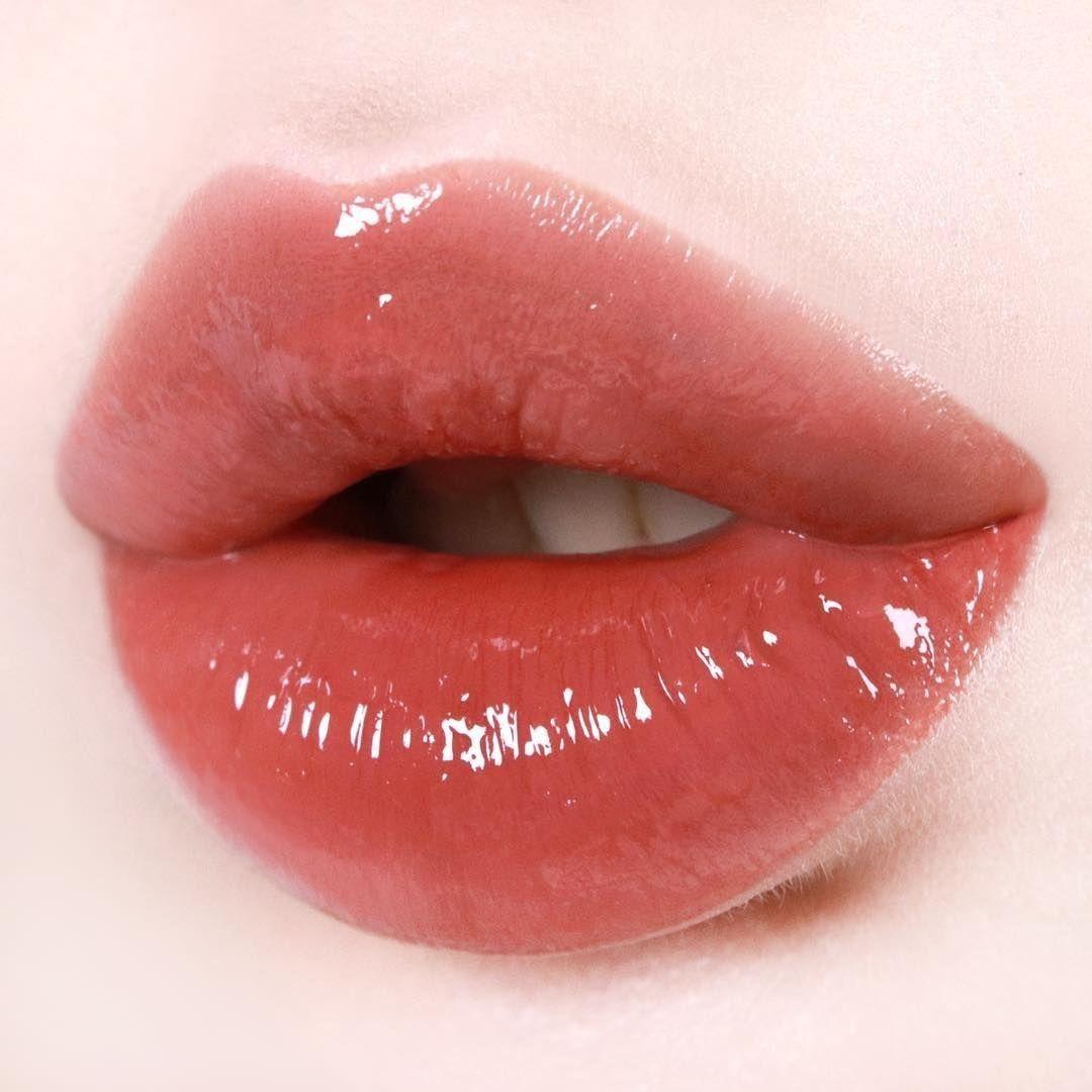 Pin By Jane Pavloff On Make Up Lip Colors Lip Gloss Shades