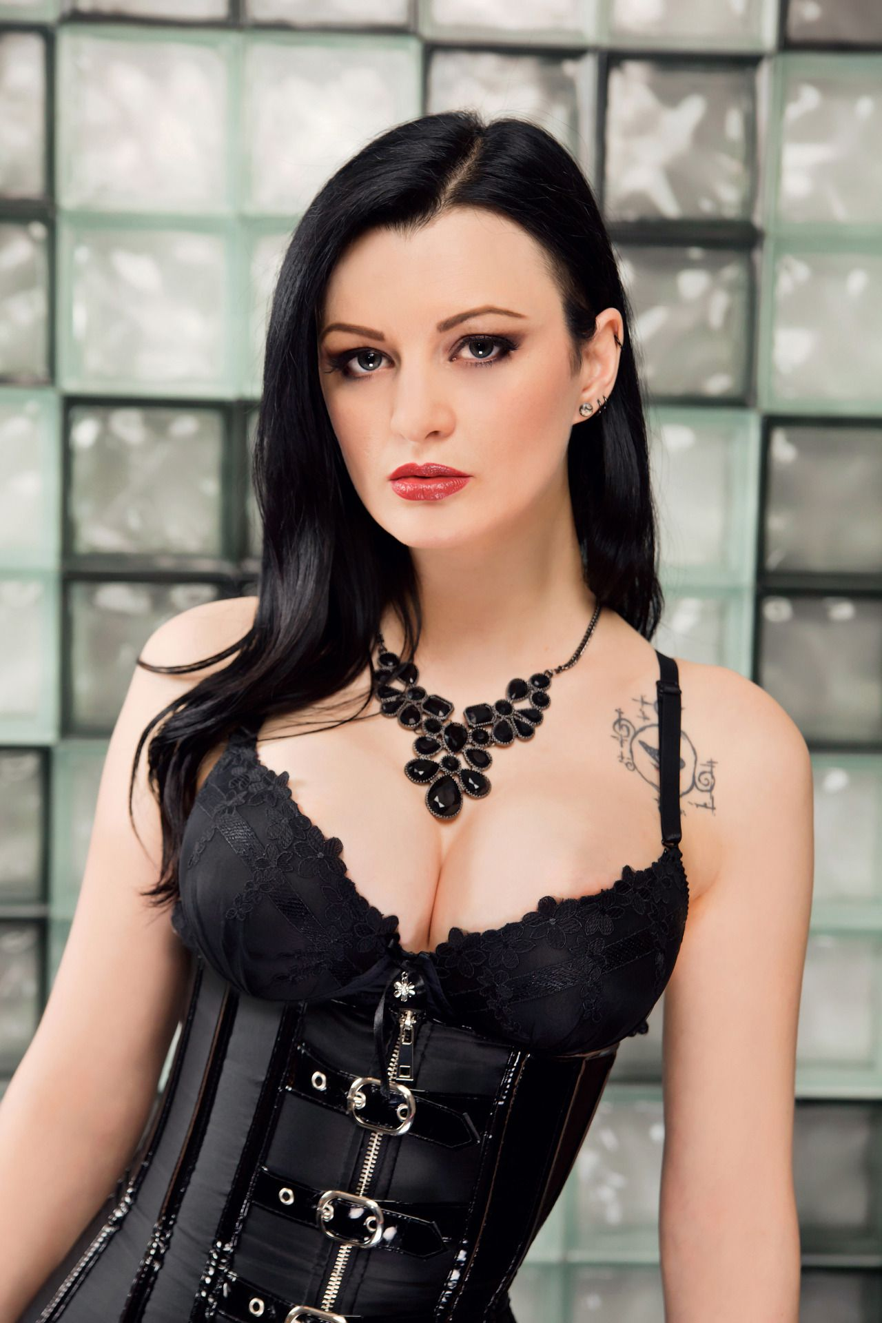 Alissa Noir : Foto | GÓ | Pinterest | Best Goth girls and