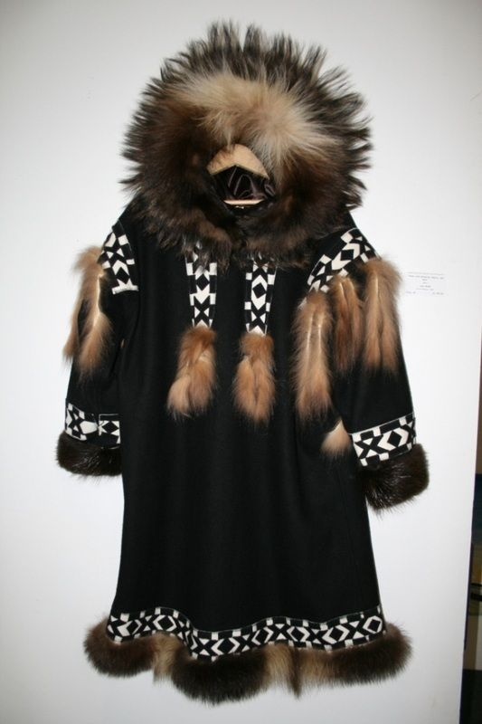 Inuit Parka | Arctic clothing design | Pinterest | Parka, Native ...