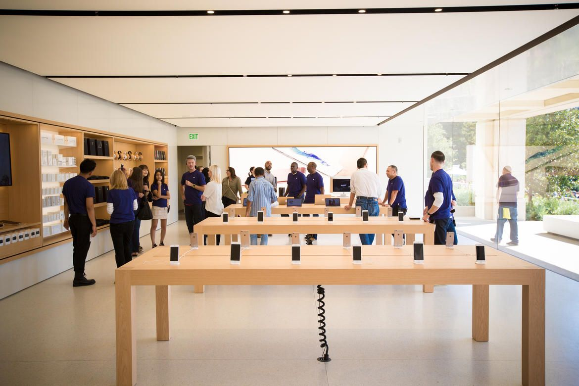 Apple S Redesigned Campus Store Pictures The Company Store Things To Sell Redesign