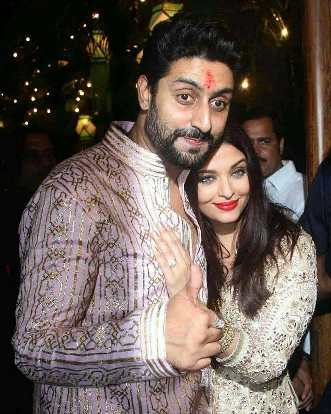 Cheers To This Lovely Couple Of B Town Abhishekbachchan And Aishwaryaraibachchan Abhiaish  C B Actors Actressescelebrity