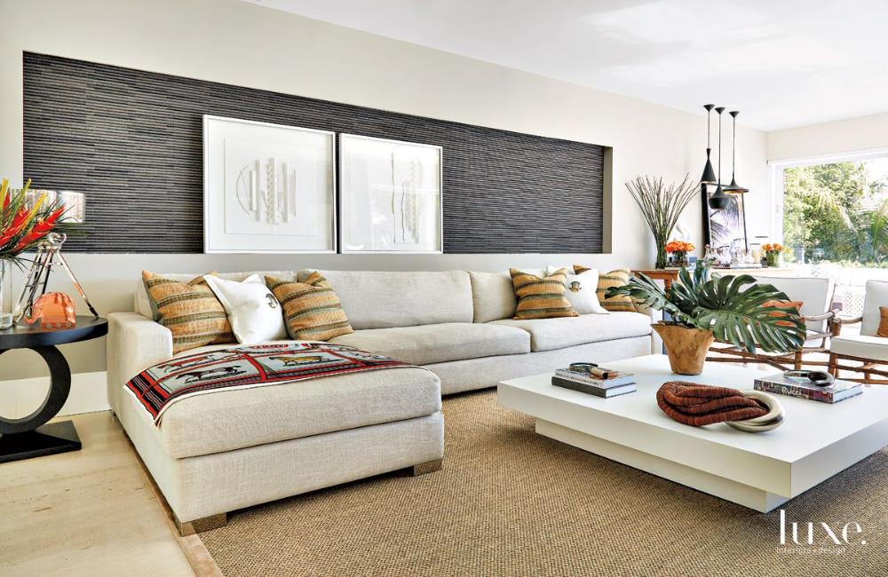 A Contemporary Miami Beach Home With Brazilian Inspired Decor Luxe Interiors Design Living Room Interior Design Photo Gallery Modern Living Room Interior White Family Rooms