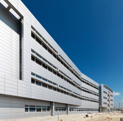 Quartier Generale NATO JFC Naples  Lago Patria, Giugliano, Napoli  Interplan 2 Architects, Camillo Gubitosi, Alessandro Gubitosi- close to Il Faro
