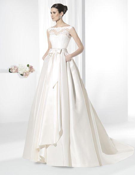 vestidos de novia línea princesa con espectacular falda de vuelo
