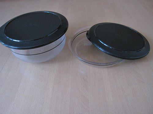 tupperware tafelperle set 2 3 5l 1 3l schwarze deckel. Black Bedroom Furniture Sets. Home Design Ideas