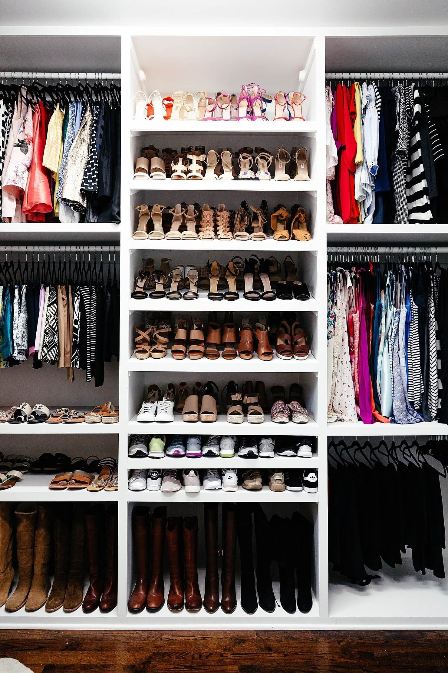 0a206f6c5465 Closet organizing systems are sometimes expensive. Save money