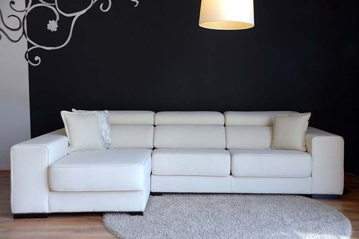 Elegante Sofas elegante sofá con chaise longue ideal para dar categoría a su salón