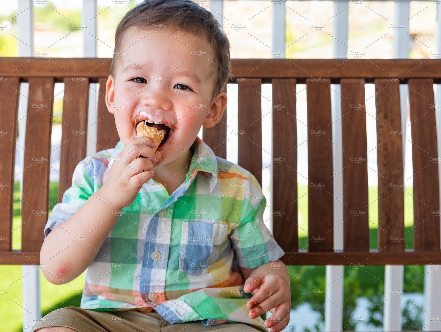 Chinese Baby Eats Ice Cream Cone   Chinese babies, Ice ...