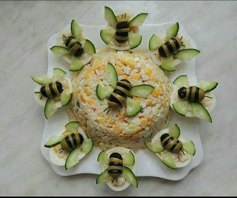 salad with olives and cucmber bees? IDK thats would I would make