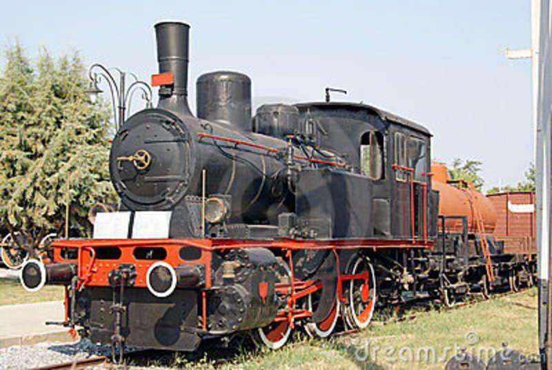 Moving Train | Moving Vintage Train Stock Photos - Image: 15518643