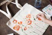 1001  ideas and tutorials easy DIYs for every season white tote bag fielbag
