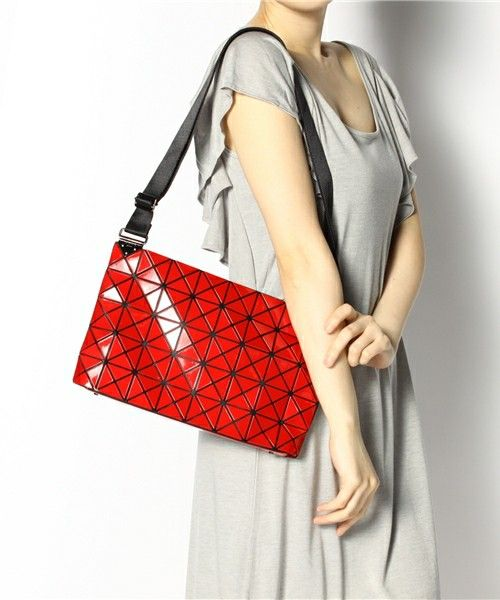 2f0ef8248852 Issey Miyake BAO BAO Shoulder bag Handbag BILBAO PRISM-1 RED JAPAN