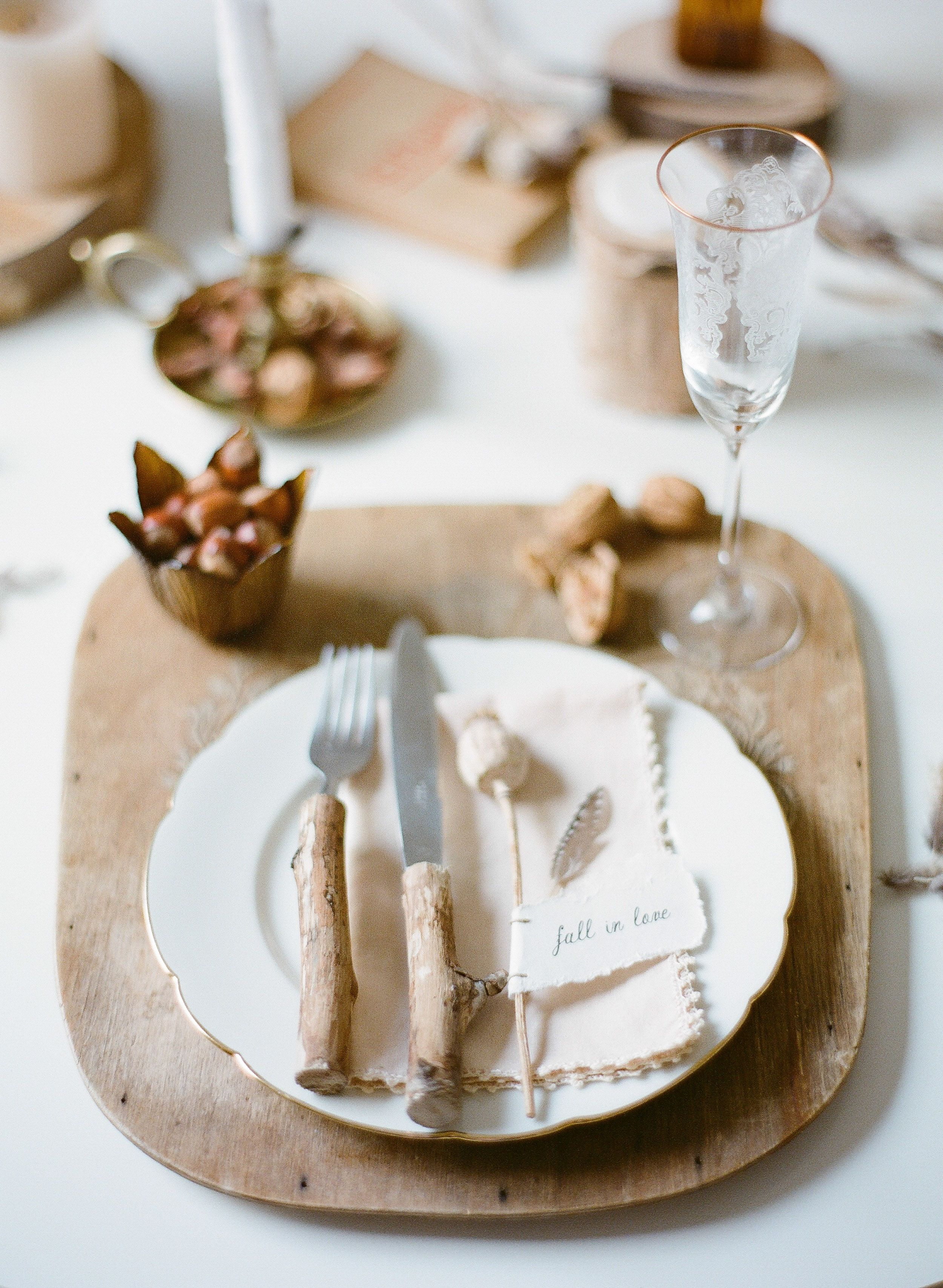 How to Print Your Own Gift Wrapping Paper   Pinterest   Table ...
